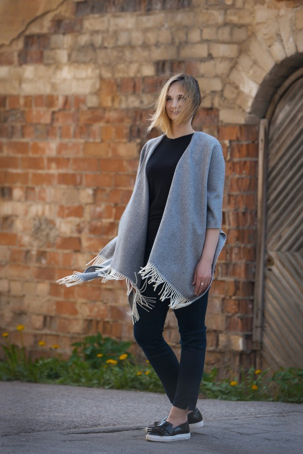 Grey Wool Poncho With Cashmere